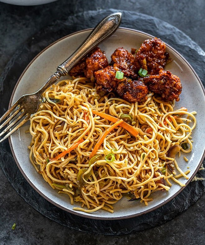Dry Manchurian and Noodle's